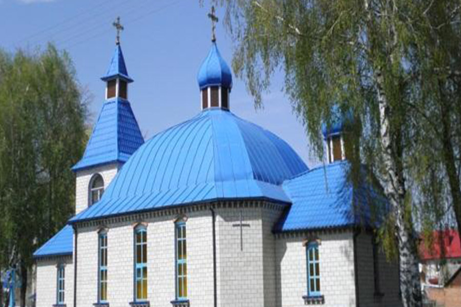 Новини Вінниці / Під Вінницею у Бохониках селяни звинуватили священика, який є офіцером запасу, у любові до Путіна