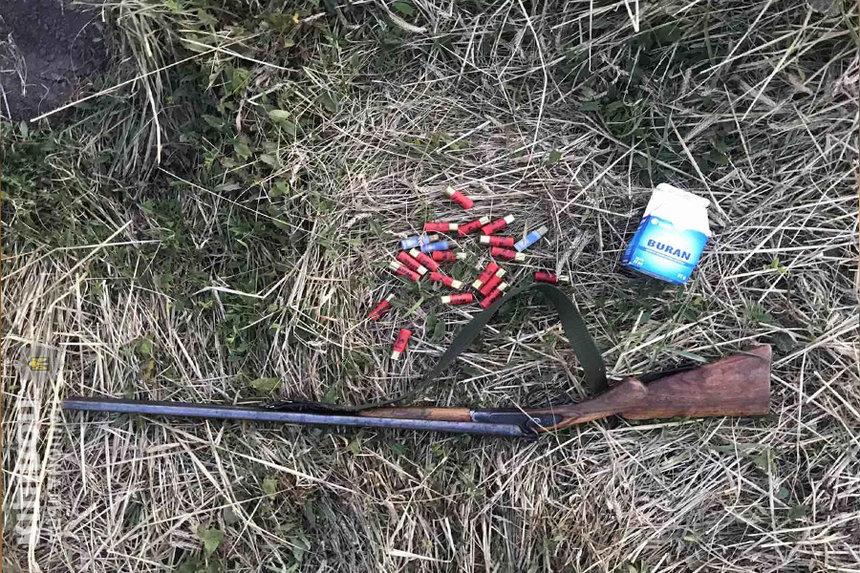 Новини Вінниці / На Вінниччині чоловік намагався застрелити пасинка