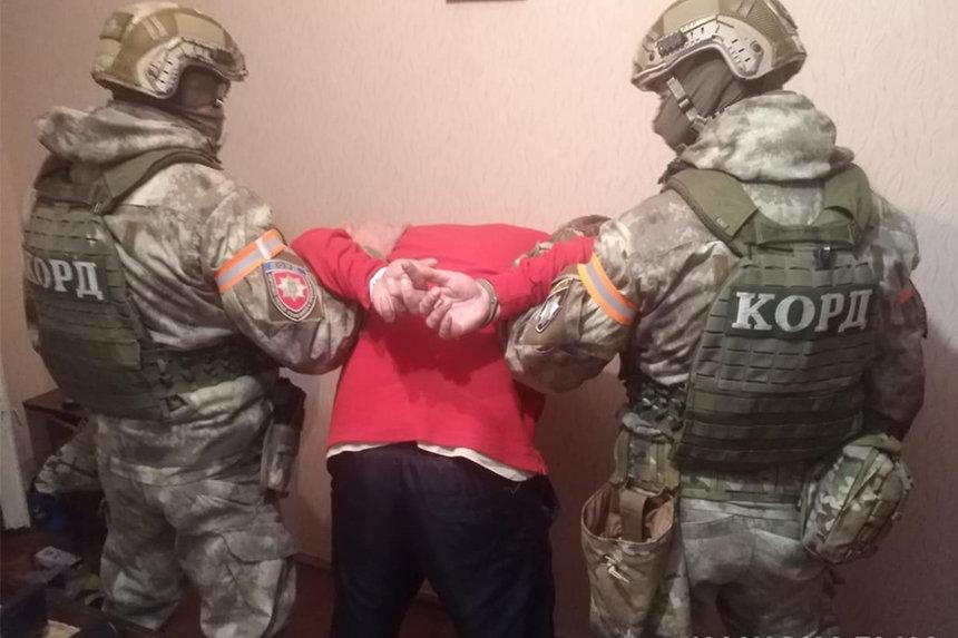 Новини Вінниці / У Вінниці з КОРДом затримали підозрюваного у низці квартирних крадіжок
